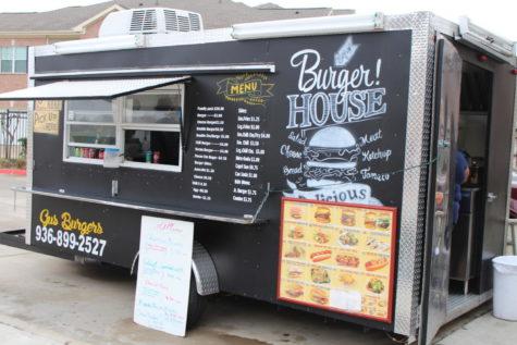 Lauren's Food Truck Reviews, Vol. 3: Gus Burger