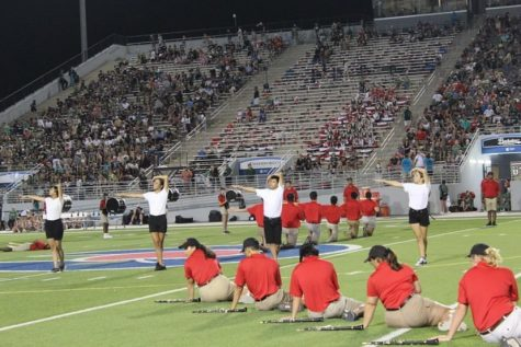 Lobo Band performing their 2021 show Repeating Worlds.